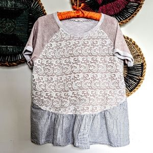 ❤️ 3/$32 ~ Oddy Lace Boho Lace Swing Top Beauty